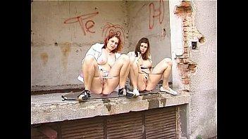 pissing girl themselves Follando con pendejita de 14 ao