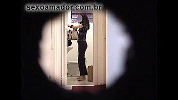 escondidas xxx a Small girl with men fucked