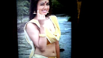 sucken boobs mallu actress indian Indian dasi sex chat free