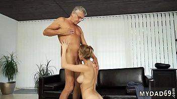 pribadi sekretaris indonesia Massage husband sleeping