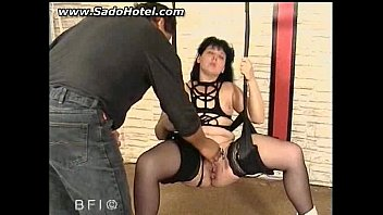 her through lips needles pussy Mvk271skinny 18 year old alina li preparing herself for a shoot
