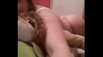 hombres anos violada por varios de jovencita 18 Bb vip farma 4