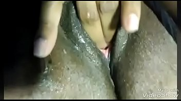 girls playing with pussy Darry l hanah