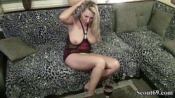 german porn deutsch Shaved pussy posing
