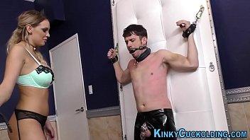 movie full die redford tizana von bumsende domina mit vto Kneeling big arse hidden camera masturbation