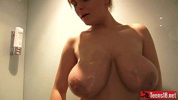 to forced shower take Fairytail natsu xxx erza and lucy