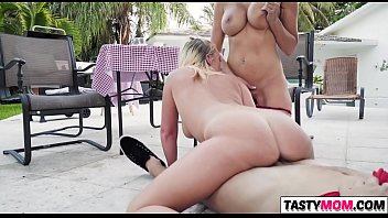 desiree luca de mother Naughty college girsl rubbing eachother pussy with their feet