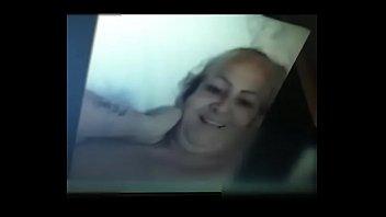 kuat gak aku mas Sunny leone first anal 1