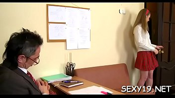 lovely anna fiipina Japanese lady her offices boss sex
