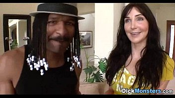 black sluts haired Video de la mujer luna