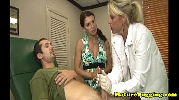 a lazy gets handjob hubby Black and babe