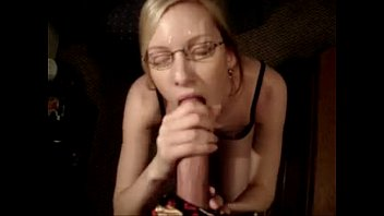 cum face on milf Taylor isnt ready for hardcore sex pt1