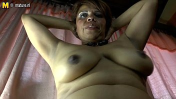 mom seduces pussy hairy daughters Ita amateur porcate in famiglia 4